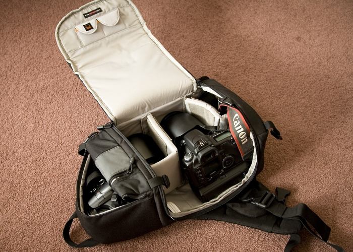 Camera bags; Backpack vs. Sling