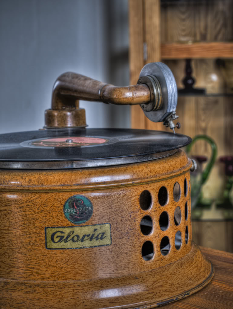 Testing HDR - photos of old record players and cameras