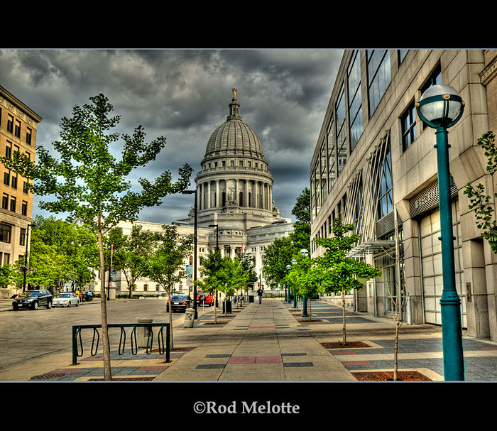 Single shot RAW - Wisconsin Capitol (HDR)